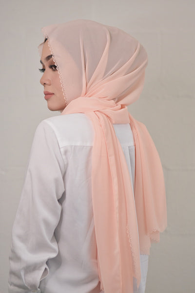 Peaches & Cream (Shawls)