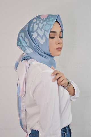 Create your own Hijab (Squares)