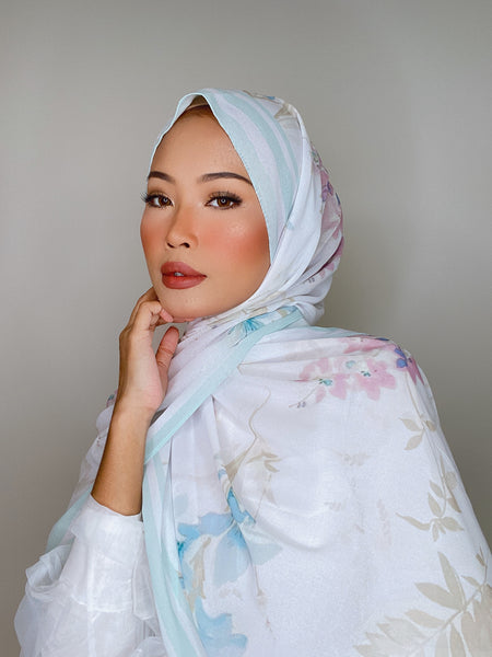 Zohra in Silk (Preorders) - NEW!