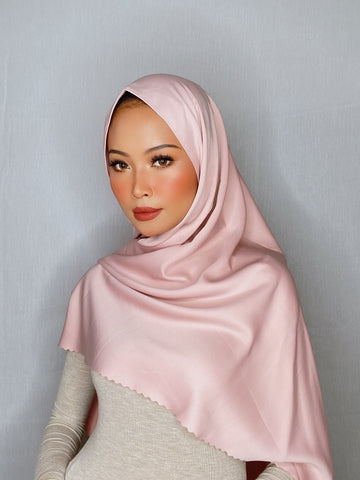 Strawberry Milkshake Flowy Lasercut (Khimar)