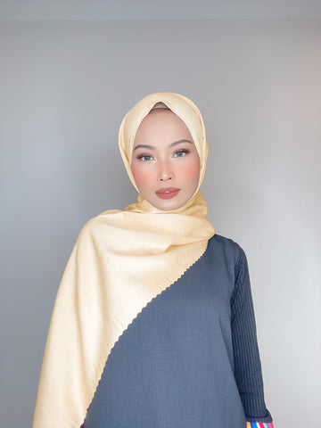 Gold Honey Flowy Lasercut (Khimar)