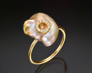 """Nikea""- Keshi Baroque Pearl & Diamonds Ring."
