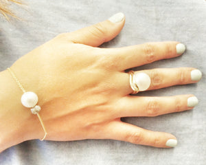 """Array""- Bouton Pearl Ring."