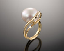"Load image into Gallery viewer, ""Array""- Bouton Pearl Ring."