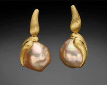 "Load image into Gallery viewer, ""Hat Rin""- Keshi Baroque Versatile Earrings."