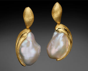 """Moon Rise"" - 18K Keshi Baroque Pearls Earrings."