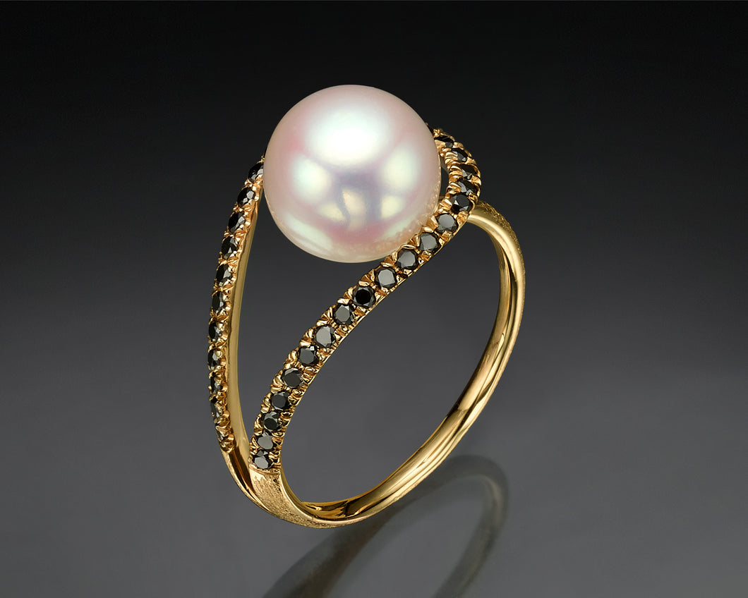 Black Diamonds Pearl Ring