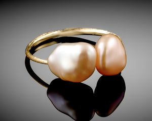 """Open Heart""- Keshi Pearls Ring."