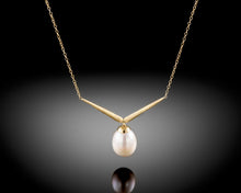 "Load image into Gallery viewer, ""Fly""- V Shaped Pearl Necklace."
