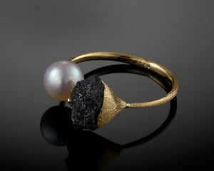"""Namaka""- Black Raw Diamond & Pearl Ring."
