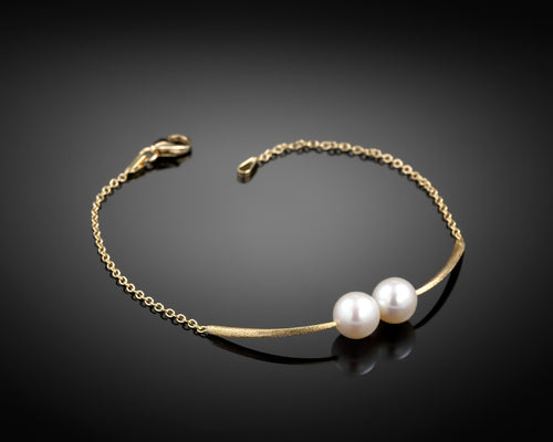 Cross Paths Pearls 18k Gold Bracelet