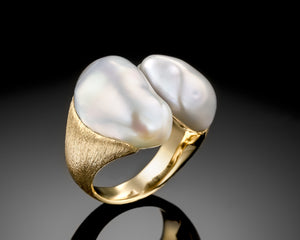 """Air""- Duet Keshi Pearl Ring."