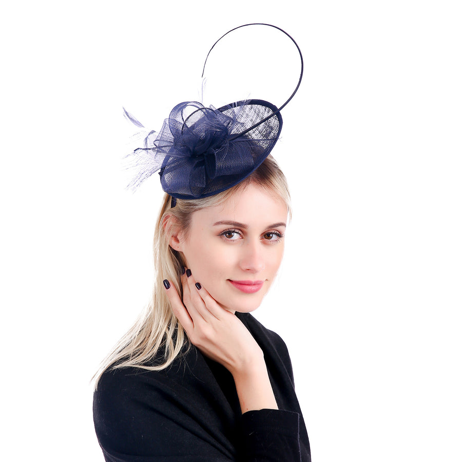 'Lily' Fascinator