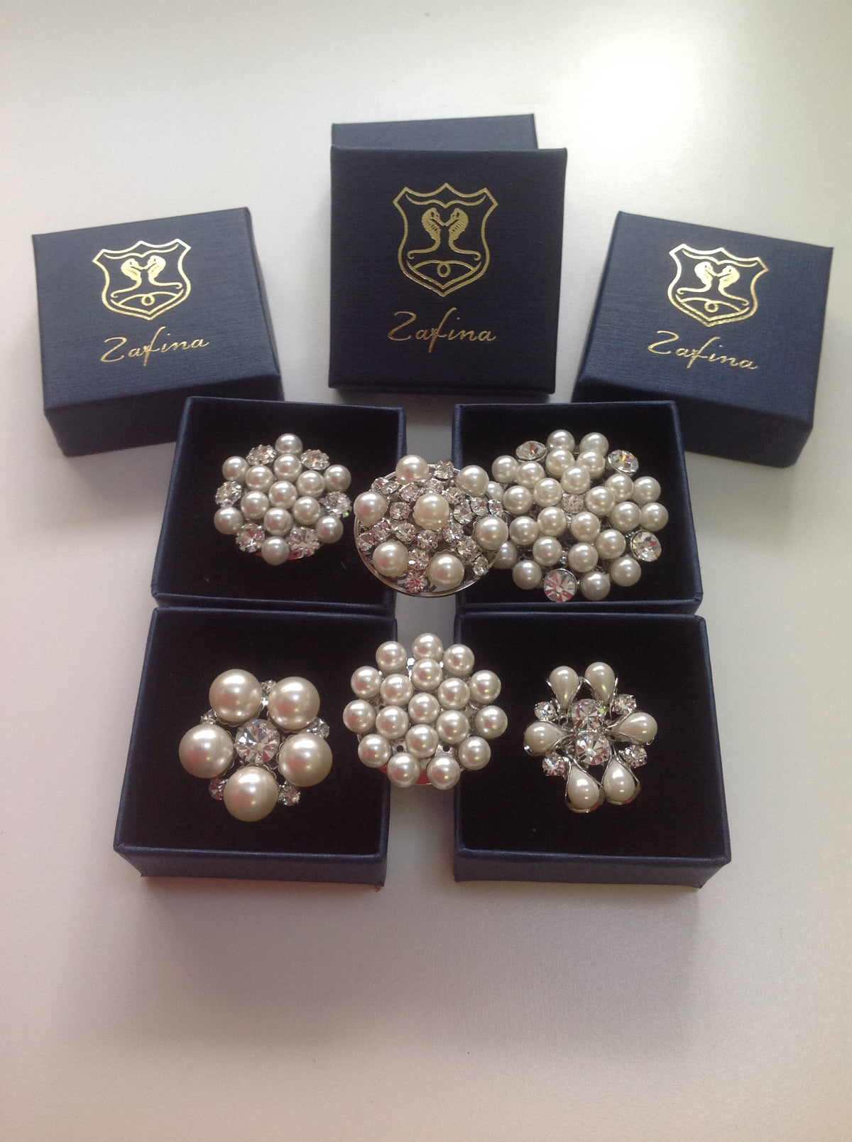 Pearl and diamonte magnetic stock pins