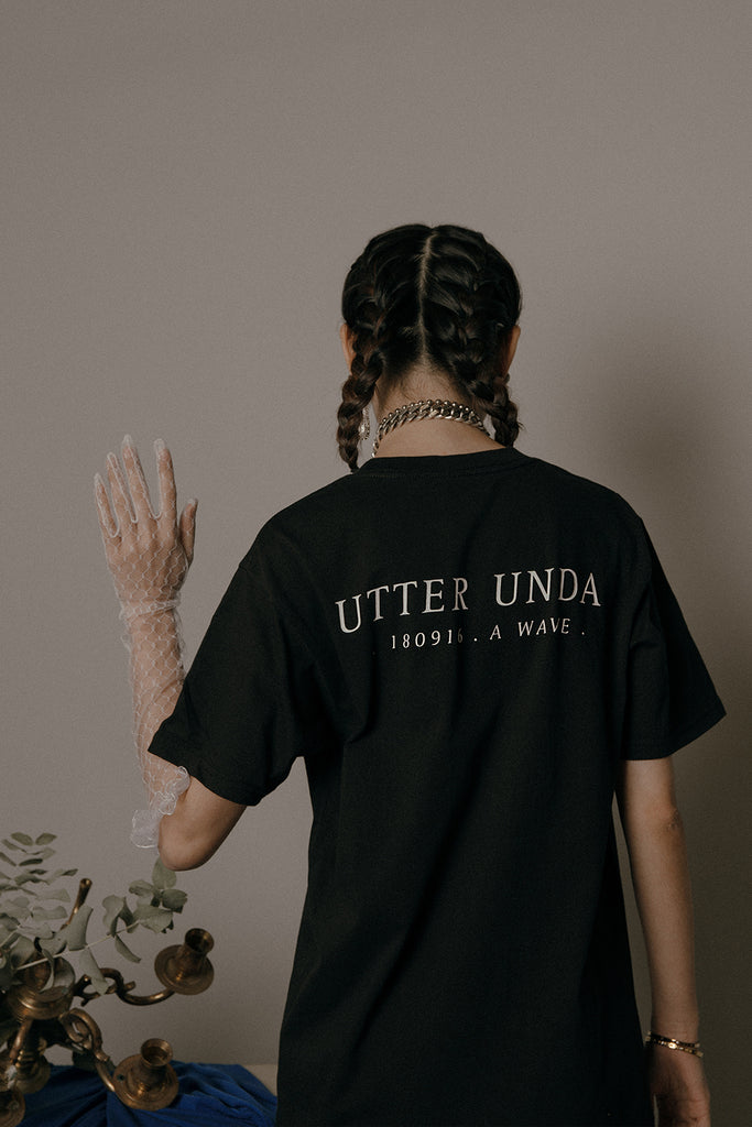 UTTER UNDA T-SHIRT (BLACK)