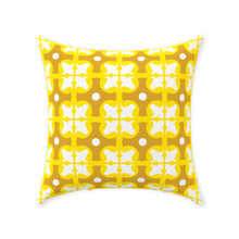 Load image into Gallery viewer, Throw Pillow - Lapa Amarelo
