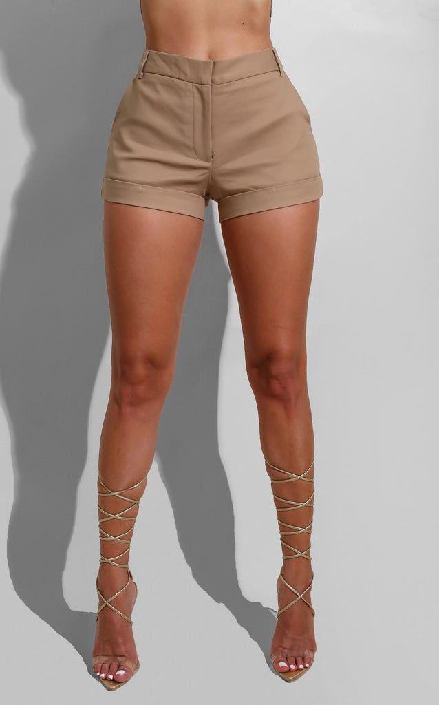 Trouser Shorts Nude