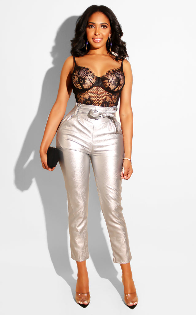 Of Metallic Bow Trouser