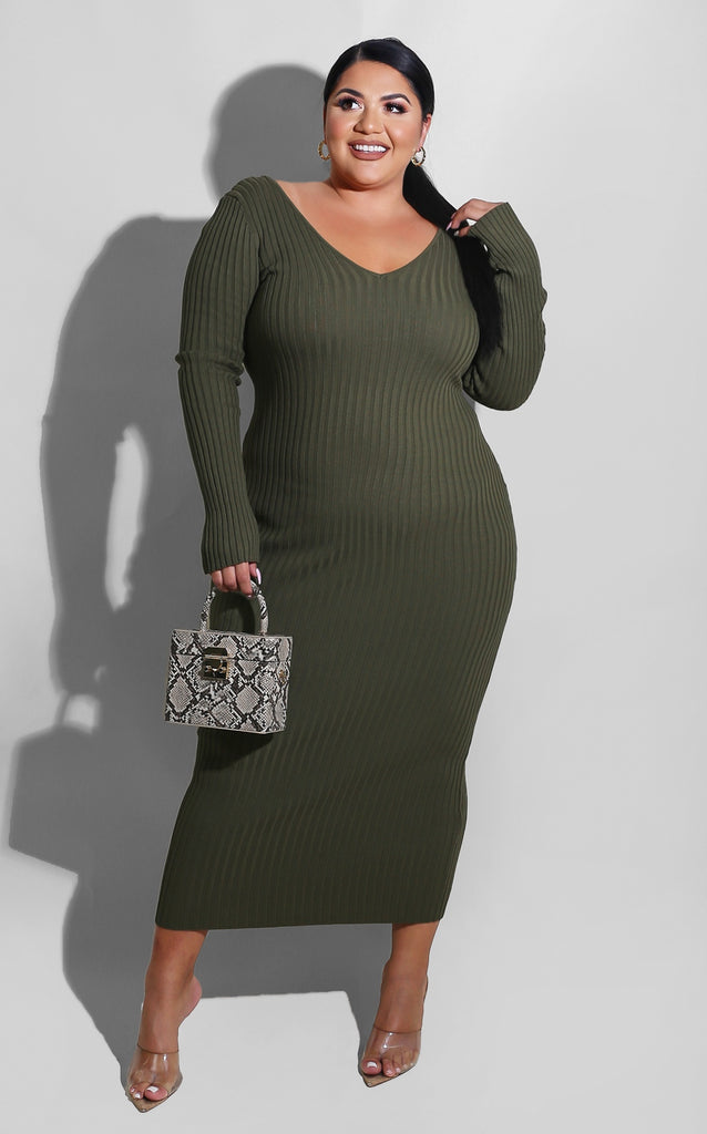 Curvy Sweater Essential Dress Olive