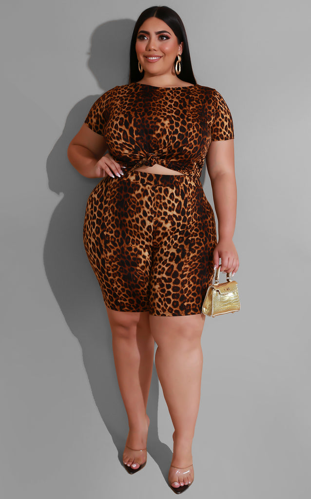 Curvy Chillin Cheetah Set
