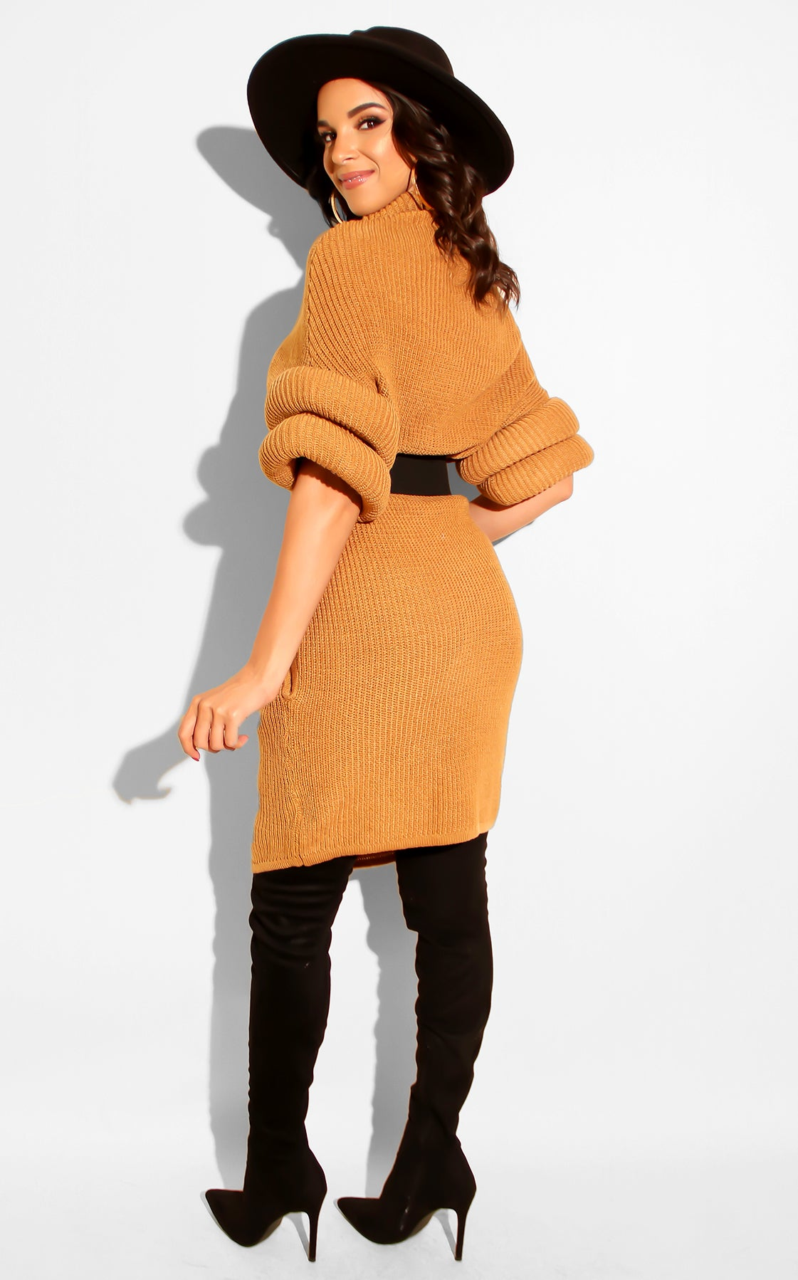 Perfect Fireplace Sweater Mini