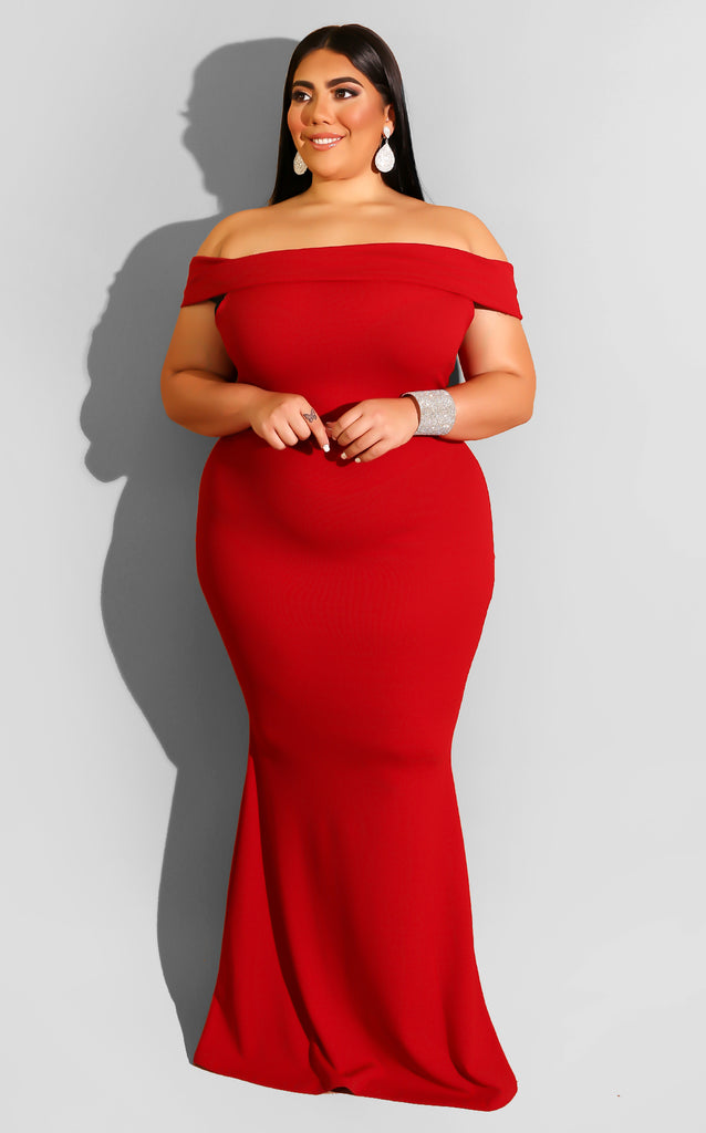 Curvy Lady Dee Gown