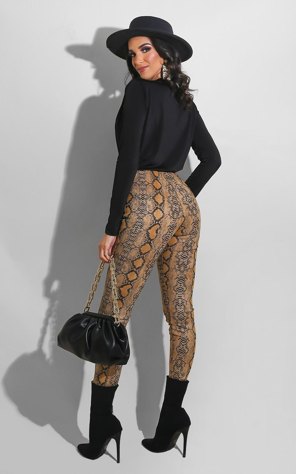 Snake Tight Leggings