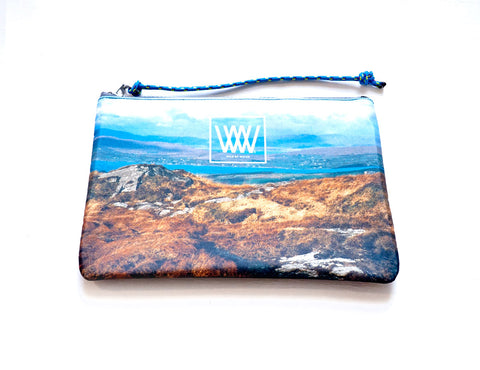 Wild by Water Sporty Clutch – Mizen