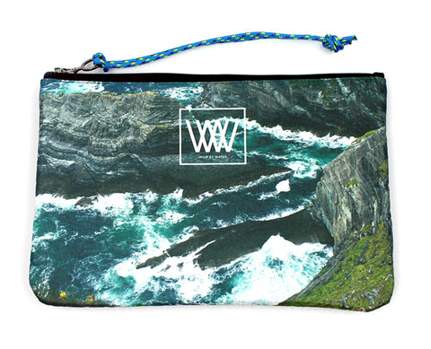 Wild by Water Sporty Clutch – Sea Cliffs