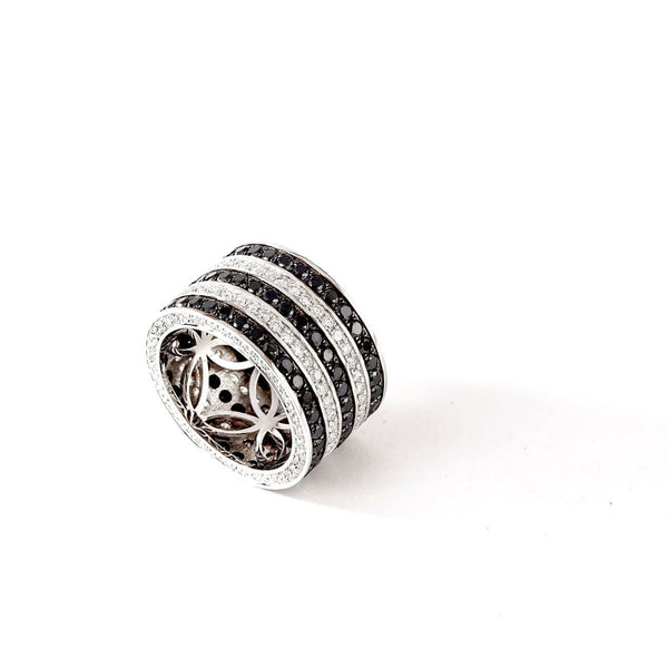 CHRIS AIRE BLACK AND WHITE DIAMOND WEDDING BAND - Chris Aire Fine Jewelry & Timepieces