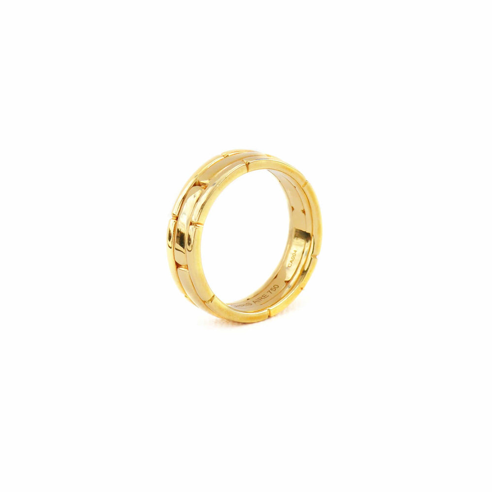 Load image into Gallery viewer, New- 18 Karat Yellow Gold wedding Band