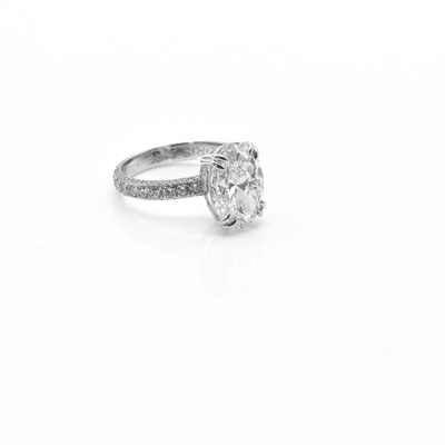 New 6.00 Carats Oval Shaped Diamond Engagement Ring Set in Platinum