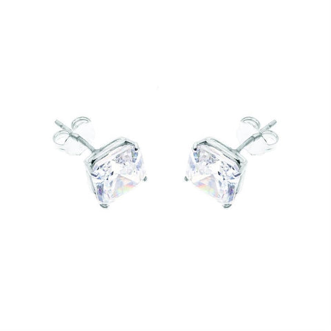 AIRE PRINCESS CUT DIAMOND STUDS