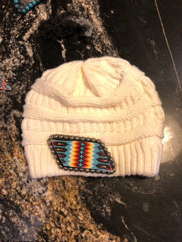 Cream beanie blue multi