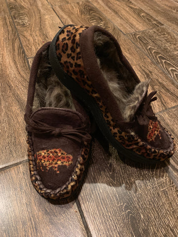 Fur lined moccasin Leopard Buffalo