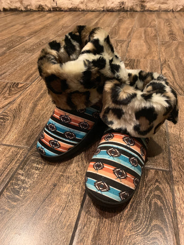Fur lined Aztec boot