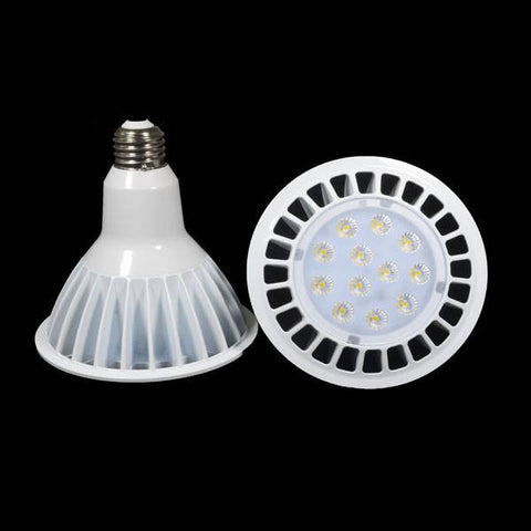 NovaBright Par38 LED Light Bulb 16W Dimmable 5000K Daylight White