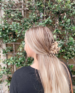Emma in our Trish Hair Clip https://www.instagram.com/p/CG0CddcB1CN/