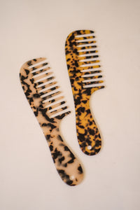 Tortoise Wide Tooth Comb (Two Colors)