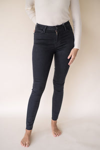 Marcella Raw Hem Skinny Denim (Black)