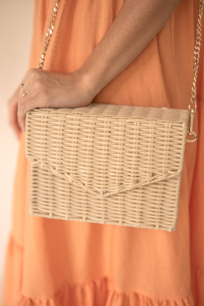 Structured Natural Straw Crossbody