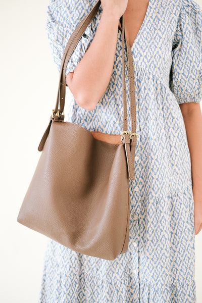 Trish Small Square Hair Claw Clips (Five Colors)