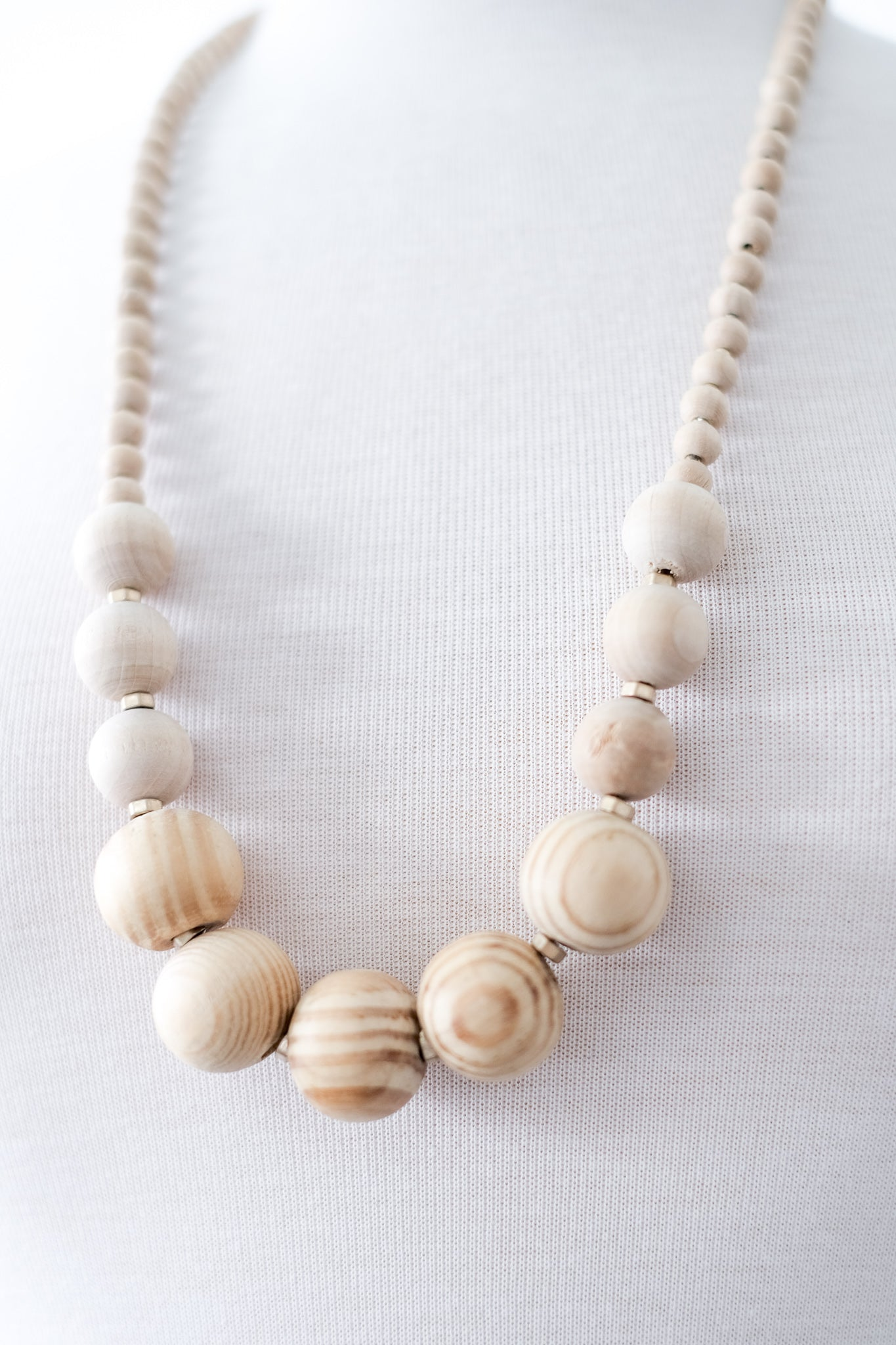Chunky Wooden Beaded Necklace (Three Colors)