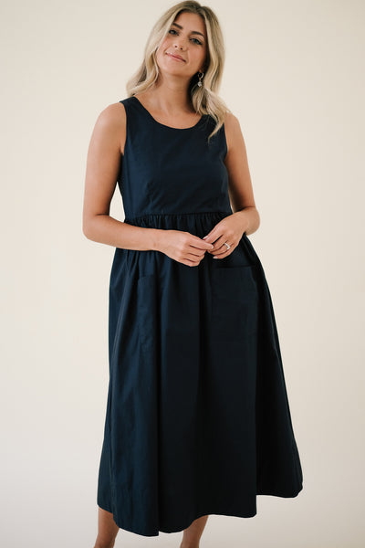 """HASS QUEEN!"" Avocado Earrings"