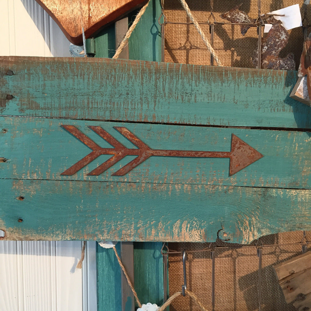 Rusty Arrow Sign