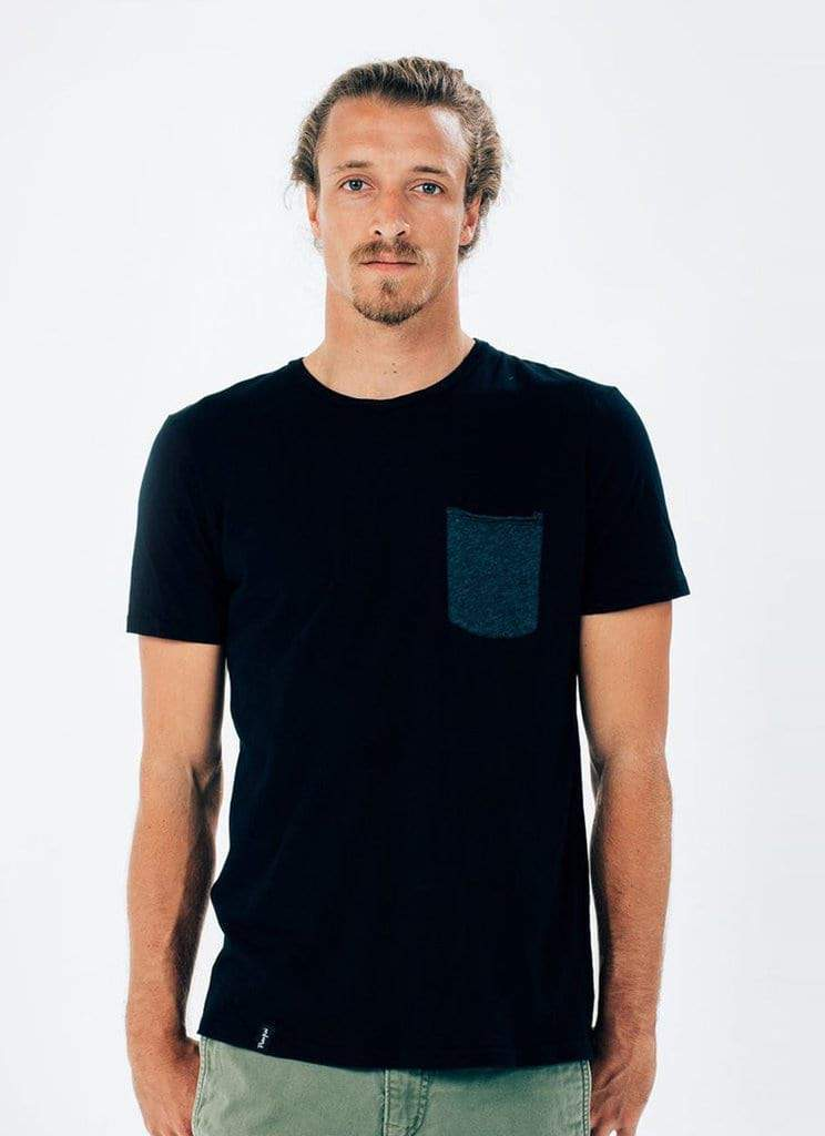 Contrast Pocket Tee) no-repeat; background-size:cover; background-position:top right;
