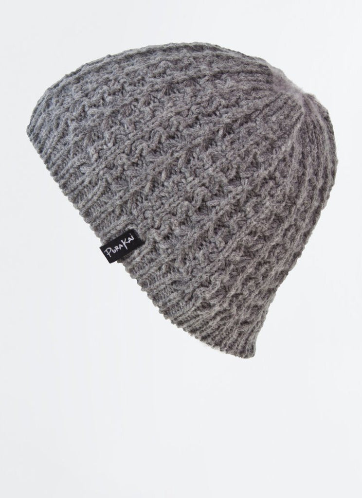 Cable Beanie) no-repeat; background-size:cover; background-position:top right;
