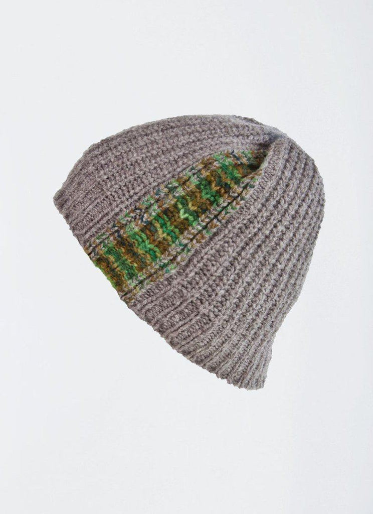 Green Knit Beanie) no-repeat; background-size:cover; background-position:top right;