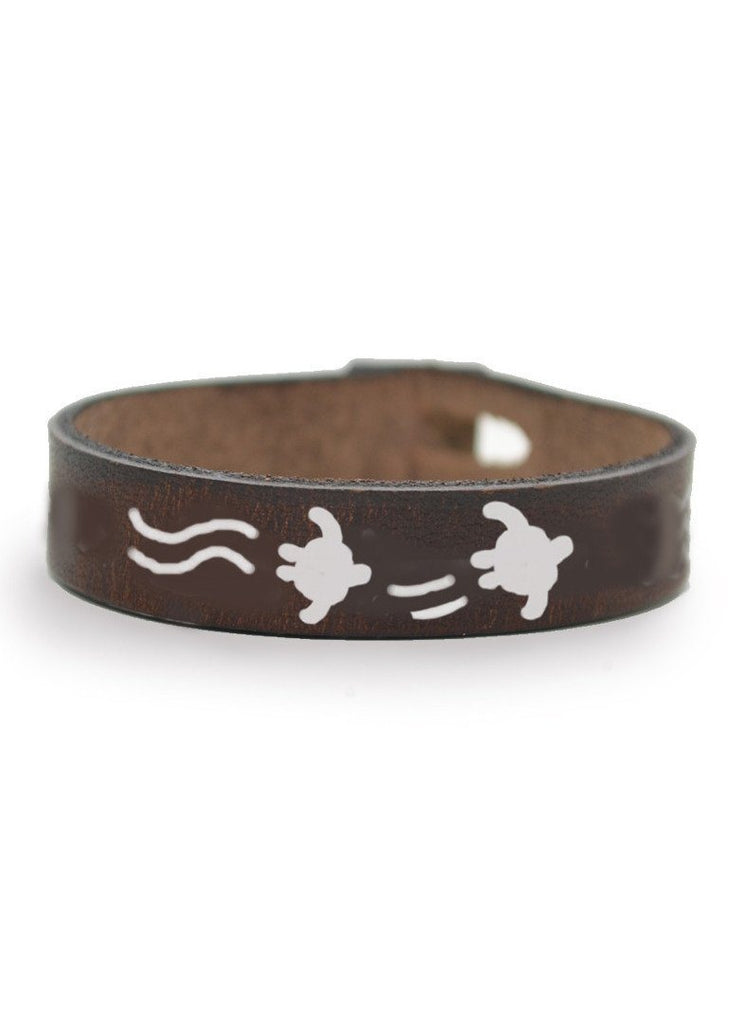 Sea Turtle Leather Bracelet) no-repeat; background-size:cover; background-position:top right;