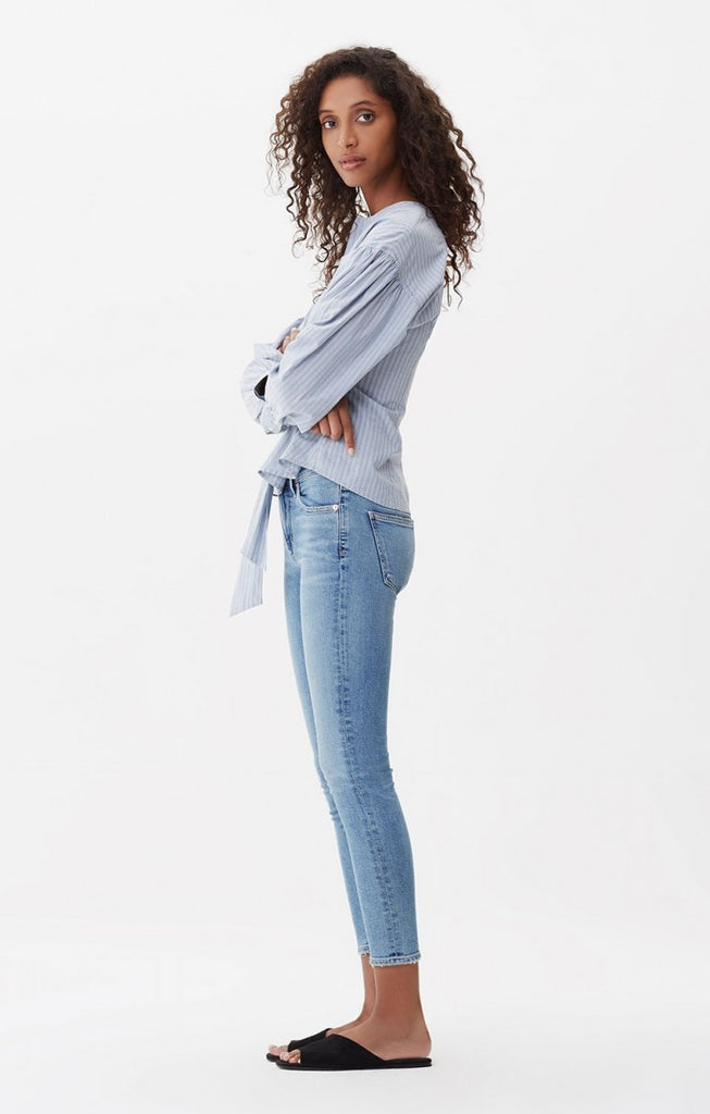 ROCKET CROP HIGH RISE SKINNY IN SERENITY